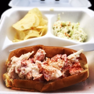 lobster roll y u takeout maine